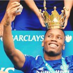 "RT""@didierdrogba: Selfie of the year!!!!!!! Me and the crown 😁😁😁 http://t.co/GF3yZTuKz2"""