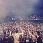 Merci @PapillonsdeNuit cetait ouf!!!!!! Rdv le 1er Juin dans les bacs!!!!!!! #lacourdesgrands #lalbumarrive http://t.co/tG6Vlm3IBW