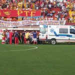 Falleció Cristian Gómez, jugador de Atl Paraná, quien se descompensó en el campo de juego vs Boca Unidos. http://t.co/XuRFISRJ3P