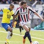 Mitchell Dijks verkiest Ajax boven Feyenoord. http://t.co/a3qJApTSMe http://t.co/lukoS48CCI