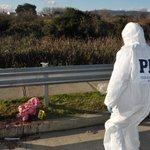 PDI #valdivia investiga homicidio ocurrido en medio de la feria de San Luis. @austral_losrios @rioenlinea @biobio http://t.co/7PfjhYF7fA