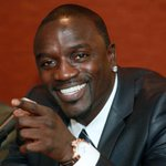 Akon brings electricity to 600 million Africans with his initiative Lighting Africa http://t.co/zCuJUIz0Ro http://t.co/4pQ16YyefM