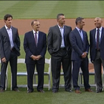 Derek Jeter, Mariano Rivera and other former Yankees teammates gather to celebrate Bernie Williams. http://t.co/QFzzdU8tqG