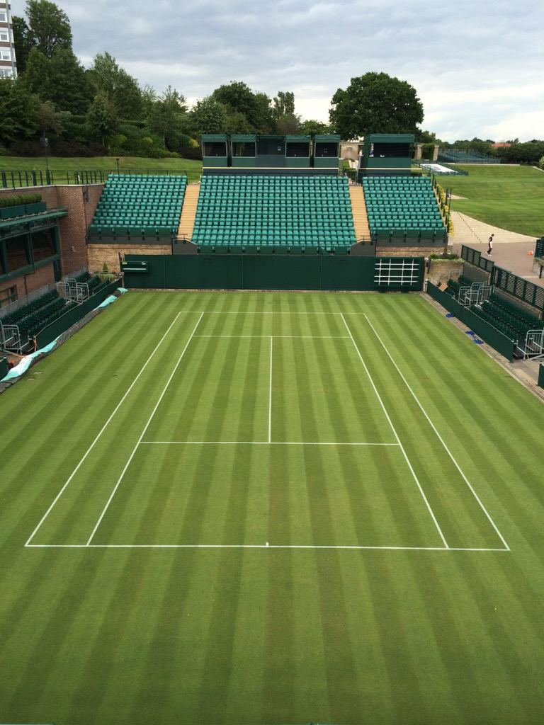 Mown and marked this morning ready for #3weekstoday #Wimbledon2015 http://t.co/QnUOmTVqlp