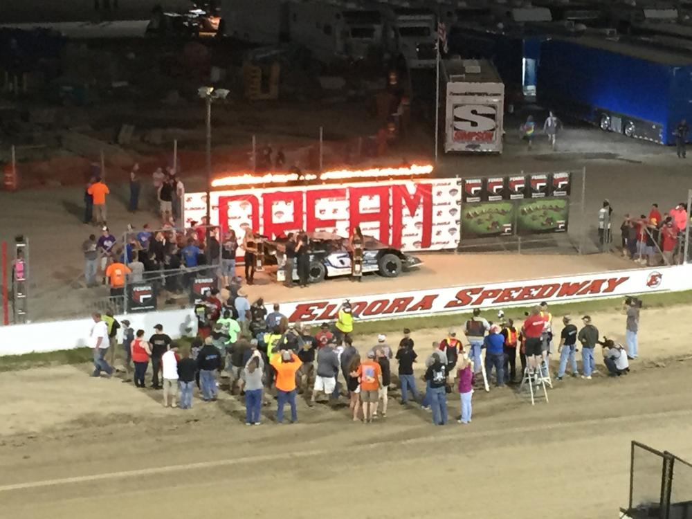 DAVENPORT WINS #DLMDreamXXI and $100,000! Bloomquist passes him on lap 91 restart but is 25 pounds light at scales! http://t.co/W0UZ7fpYIb