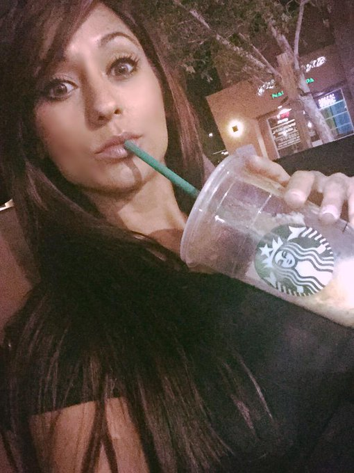 Late night @Starbucks runs! #batcountry http://t.co/yNgl7ONsdp