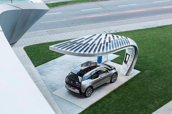 Niet meer tanken, maar gewoon parkeren? Ja, graag...  #laadpaal/#duurzaamheid  @urgenda @rieslit @My_Leaf http://t.co/HzrCYNs1gY