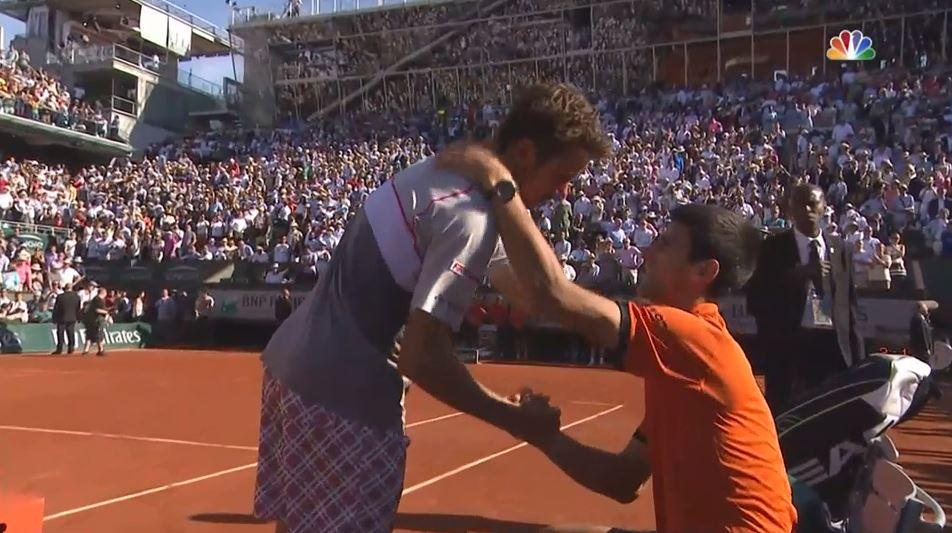 Absolute class from both players. Very moving. Why we love tennis so deeply... http://t.co/tlfSt9iZQt