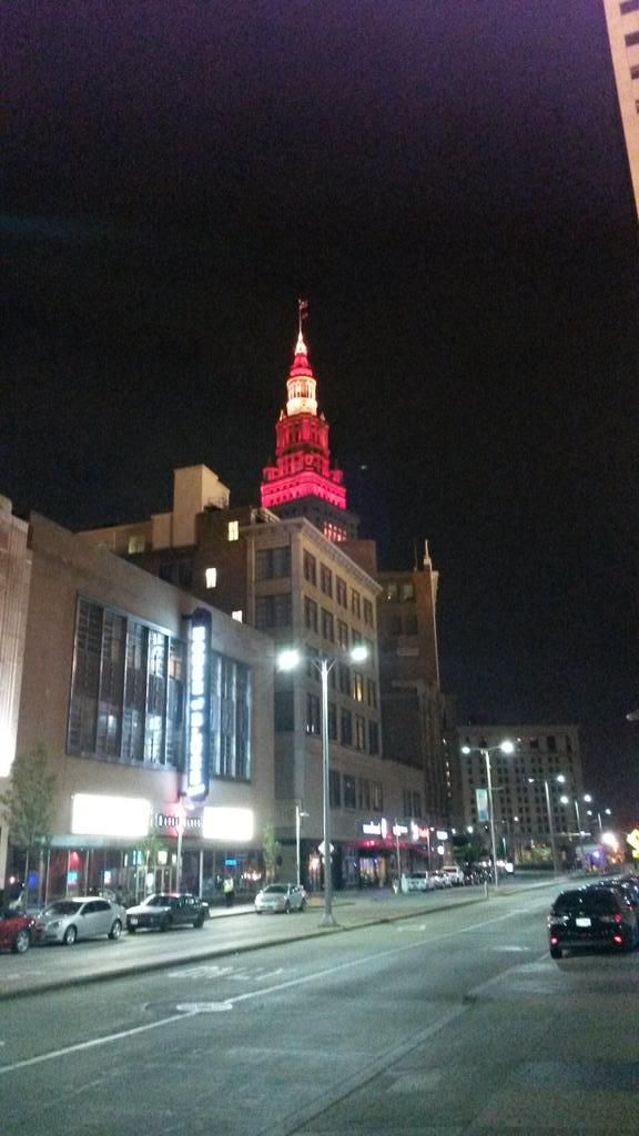 Shot of @TowerLightsCLE from the end of @e4thst Love that Wine & Gold! Go Cavs! #ALLinCLE http://t.co/QFfyIuKz2z