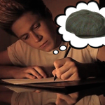"""*Niall writing to his girlfriend* """"People say we shouldnt be together-"""" #Replace1DSongsWithNiallsHat http://t.co/lMT3E30PXg"""