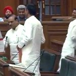 The walk-out that wasnt: Trio of BJP lawmakers heads to door, then reverses http://t.co/JIQJZK7j8n http://t.co/lkhBMQNyq4