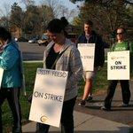 ICYMI: High schools in Durham, Peel reopen today after teachers strike deemed illegal http://t.co/jarRTD6ba2 http://t.co/VF5Ij0bTa1