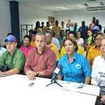 Exigencia de libertad para presos políticos apalanca la unidad en la MUD Bolívar http://t.co/NuNfH0Cb7j #PolíticaCDC http://t.co/djU0D3sWpK