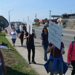 Ontario high school students returning to class after strike ruled illegal http://t.co/WuI2DZxpNn http://t.co/oShuFIzcjc