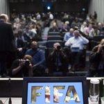 Justicia suiza confirma detención por corrupción de seis responsables de #FIFA. http://t.co/CLHDDdiK91 http://t.co/OU5v8McFeQ