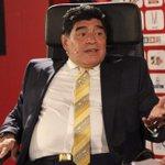 Maradona reacciona ante escándalo de la FIFA y esto ha solicitado -> http://t.co/LnzNABhXGK http://t.co/6k2CvcughY