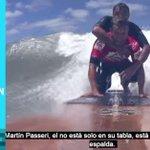 (VIDEO) Campeón de surf fue descalificado por cumplir el sueño de un hombre parapléjico http://t.co/ifZC3FLZAo http://t.co/ZL1UnX3Esn