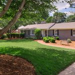 New Listing! 124 Sunset Drive, Greenville SC 29605 $512,500 #Augustaroad http://t.co/pYNfLJJ1fO #yeahthatgreenville http://t.co/b0XIoVvCBw