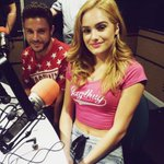 Aaaaaah @chachigonzales is on #BoysNightOut! #BAEwatch #BRBCrying #EverythingsMagic http://t.co/KIcsjf1dEp http://t.co/xQC8YZLAXh
