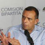 Pepe Lobo ya dio declaraciones sobre el caso de IHSS -> http://t.co/qOeQK2USvX http://t.co/rC6THQ4gm7
