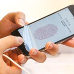 Uh oh! Text messaging bug crashes Messages on iPhones http://t.co/6wViWzFFh4 http://t.co/c4IQXF4W8L