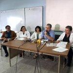 Junta Directiva del @Hospitalguate pide renuncia del Ministro de Salud y viceministros. Vía @AOrozco_PL http://t.co/s2zv9aol6F