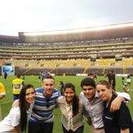 En la previa de la #CopaEuroamericana con @giselleplanchart @ricardoponceb @bnoboa @vaneillescas. Por los chicos!!! http://t.co/dWR9nnvs5I