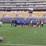 [NOTICIA] El @RCDEspanyol ya se encuentra en el Estadio Monumental donde trabaja para enfrentar a @BarcelonaSCweb. http://t.co/vNILpdVcmK