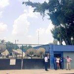 Por inminente corte de servicio, MILLICOM (TIGO) pago hoy a la Enee mas de Lps. 23.8 millones @JuanOrlandoH @Insephn http://t.co/178TBNEZgI