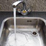 Geen drinkwater in Eindhoven en omgeving. Probleem kan tot vroeg in de ochtend duren http://t.co/3COZ1BjYlv http://t.co/t8Fw0zdHWG