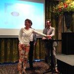 Burgemeester @HarmJanvSchaik opent de nieuwe lokale site @HarderwijkZaken #localheroes #regiojournalistiek http://t.co/ibQDGbmlm4