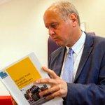 Raad Haaksbergen wil burgemeester dwingen tot opstappen vanwege drama monstertruck http://t.co/0rgjKfFBm6 http://t.co/xTAbKG7CSO