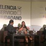 """""""Capacitamos a ciudadanos, para quienes va encaminado este nuevo sistema"""" Min (S) @Lorelein2011 #GestiónPública2015 http://t.co/yjf2G4eSSi"""
