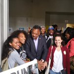 #Oakland tech students meet with Rev. #JesseJackson to discuss how to create a pipeline to #siliconvalley jobs #KTVU http://t.co/f8rwNRwvhh