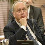 Fracties Haaksbergen laten burgemeester vallen vanwege monstertruckdrama, Hans Gerritsen ... http://t.co/ptwGKYSU6r http://t.co/pNs1xwD45t