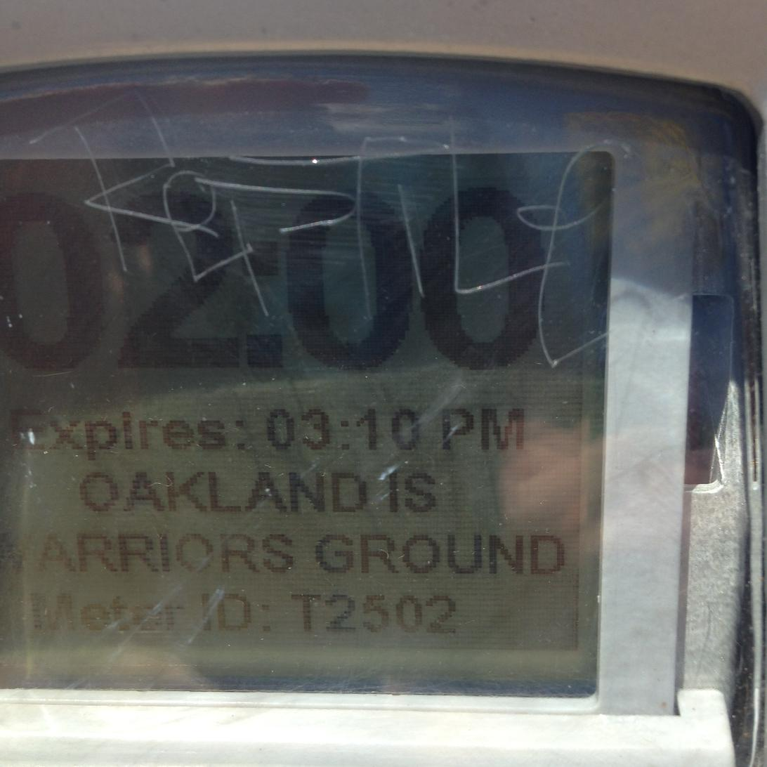 Even the parking meters in Oakland representing. http://t.co/cWstXX2wwE