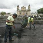 #UnDíaComoHoy En 2010 el Volcán #Pacaya erupciona y expulsa material volcánico que llega a la ciudad de #Guatemala http://t.co/lIfdx9F0tA