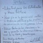 El día de ayer Daniel entregó su petitorio y declaración de huelga de hambre a sus abogados defensores http://t.co/O6OyoVDtPE