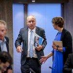 Er rest-ook-geen truc(k) meer voor burgemeester Gerritsen van Haaksbergen #aftreden #monstertruckdrama http://t.co/OKpDuveLqu