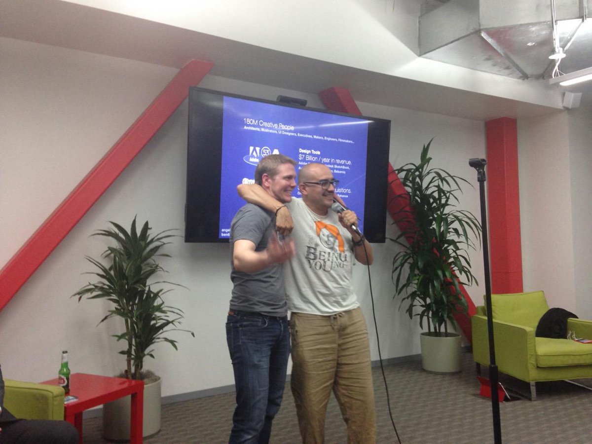 How to successfully pitch @davemcclure: build a great product and do a really shitty pitch #500apptank @500Startups http://t.co/rWwEqJVtYI