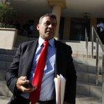 "Sittón interpone ante CSJ denuncia contra Benicio Robinson y ""Popi"" Varela http://t.co/GAzzPvhyUV #Panamá http://t.co/YQno5rTP2k"
