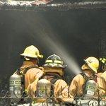 9 displaced after two-alarm fire destroys Waipahu home http://t.co/IUOOoqmMMH #808news http://t.co/s1lzuNJmsx