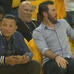 Two MVPs getting their Warriors fix tonight. http://t.co/eXQimg6ydh