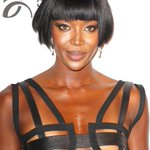 Naomi Campbell les cobró a los invitados de su fiesta . #ey http://t.co/m4mqYmQIeo http://t.co/uqN3FuCJEe
