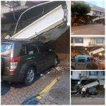 Se cae la Plaza Triángulo. Mal trip por el dueño del auto. ???? http://t.co/icIF5CPn8h