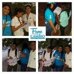 Los jóvenes están #FirmeConElCambio para continuar trabajando por la educación en #SantaMarta. http://t.co/3xgCexafgb