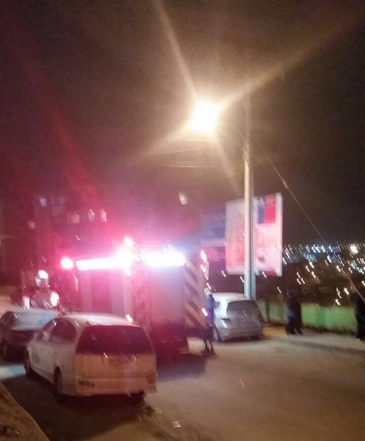 URGENTE!...evacuan torre de departamentos de El Mirador en La Tortuga de Alto Hospicio por probable derrumbe @biobio http://t.co/sHg5zZDesk