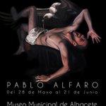 """Hoy jueves se inaugura la exposición """"La noche y el mito"""" de @PabloAlfaroArts http://t.co/QEZxGcRKt5 #Albacete http://t.co/RrcN8xsMye"""