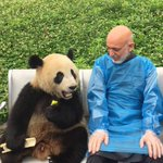 #AFG Interesting photos of former president Hamid Karzai in China. http://t.co/p7m2zy58j8