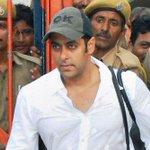 BREAKING | Maharashtra government says @BeingSalmanKhan hit-and-run case files burnt in fire http://t.co/0x20NrhalJ
